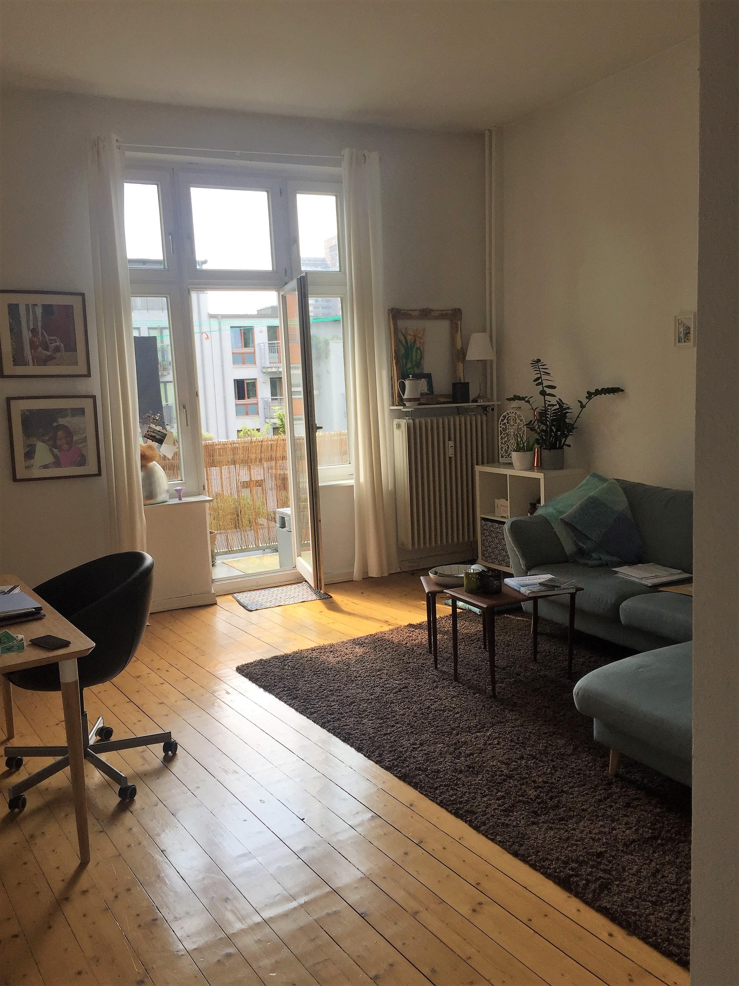 2 zimmer mietwohnung auf zeit f r expats zu mieten in 20146 hamburg. Black Bedroom Furniture Sets. Home Design Ideas