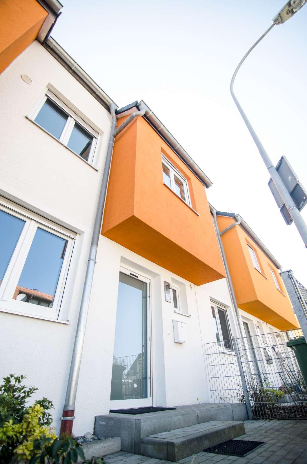 6 zimmer toskanavilla 5 schlafzimmer zu mieten in 91126 schwabach. Black Bedroom Furniture Sets. Home Design Ideas