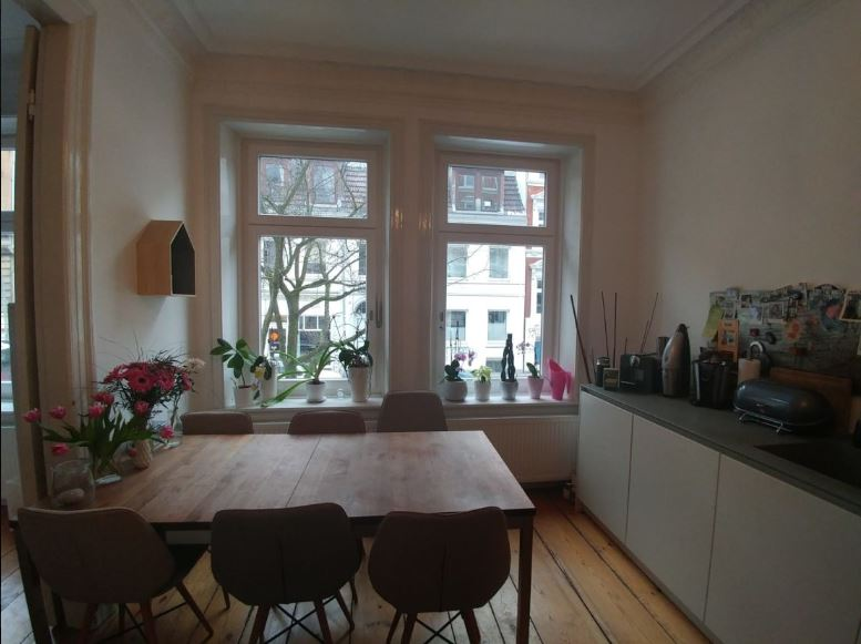 6 5 Zimmer Altbau Maisonette Mit Garage Auf Zeit Im Schanzenviertel