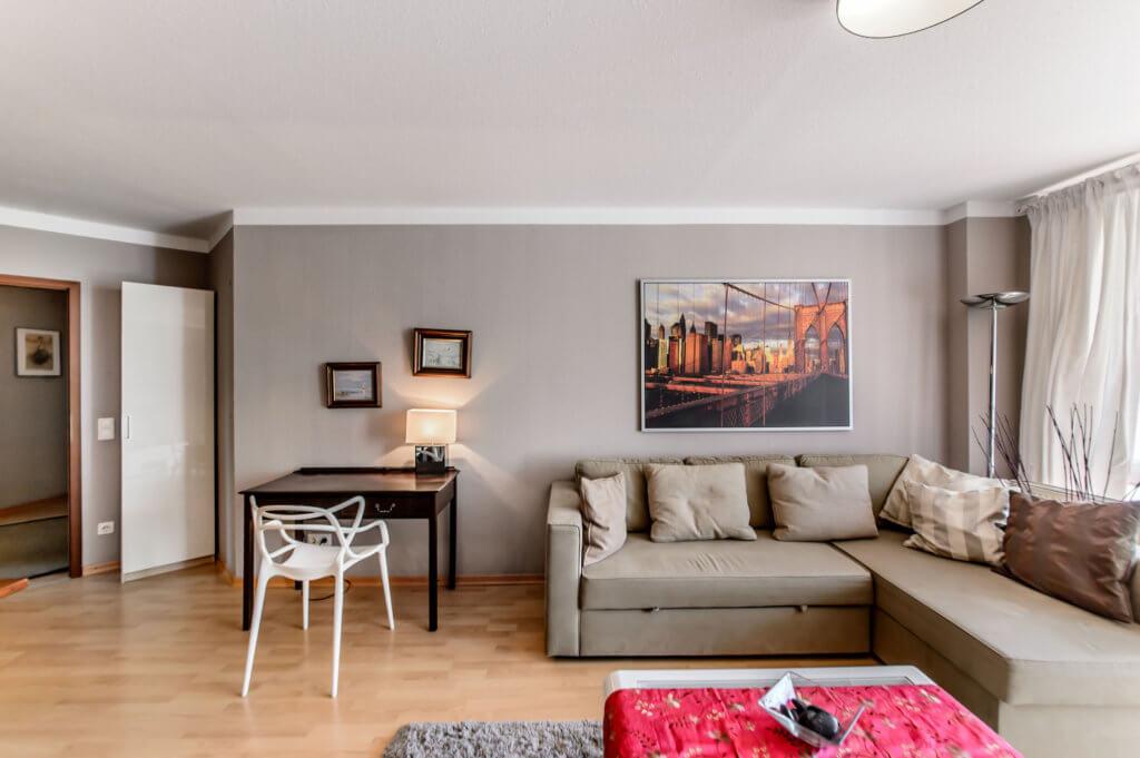m blierte 2 zimmer whg auf zeit f r expats zu mieten in. Black Bedroom Furniture Sets. Home Design Ideas