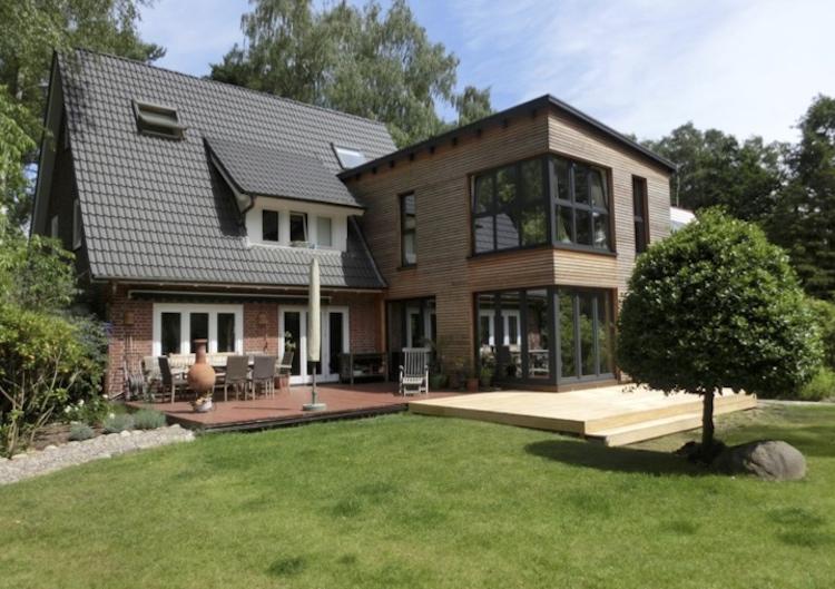 Auch für die Suche nach anspruchsvollen Immobilien für Familien finden Sie in ANDERS CONSULTING Relocation Service Hamburg den passenden Partner für die Wohnungssuche - nicht lange suchen, sondern schnell finden