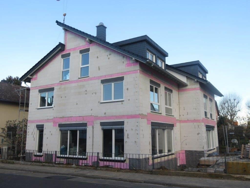 Wer in der Nähe zu Frankfurt am Main im Taunus ein Haus oder eine Wohnung sucht, weil er oder sie aus dem Ausland kommt, der findet in ANDERS CONSULTING Relocation Service Frankfurt den fairen und kompetenten Partner