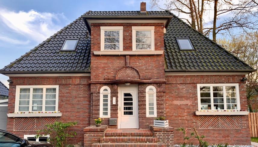 In der Hansestadt Hamburg ist ANDERD CONSULTING Relocation Service zuhause und bedient von dort 100 Destinationen und Städte in Deutschland, Spezialgebiete: Wohnungssuche, Visa und Aufenthaltstitel, Support beim Einleben wie z.B. Schulsuche