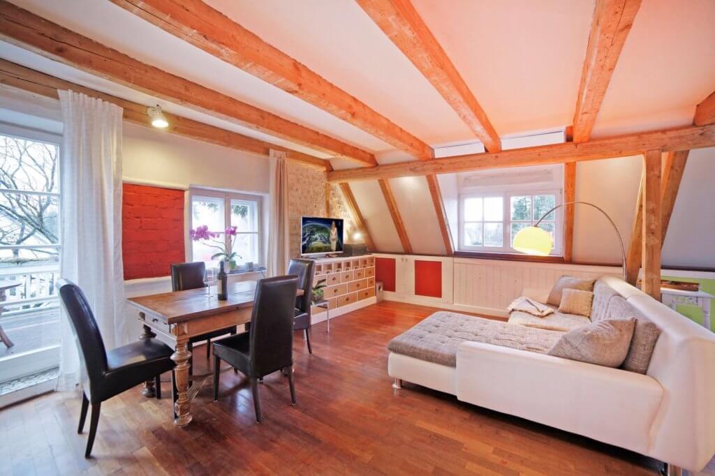 Die helfende Hand bei verzweifelter Suche nach einer Wohnung in München heißt ANDERS CONSULTING Relocation Service München - für Deutsche und Ausländer, für Privatpersonen und Firmen