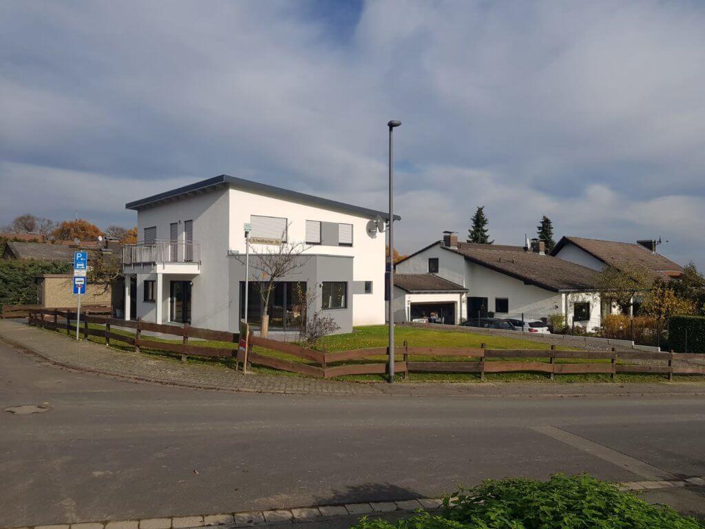 4-Zimmer-Haus für Expats zu mieten in 61462 Königstein, Ortsteil Mammolshain