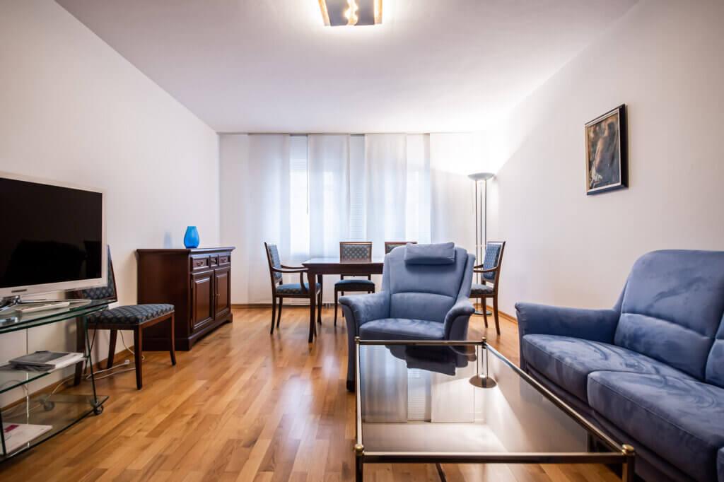 Sie starten selbst oder für einen Mitarbeiter eine Wohnungs- oder Haussuche in München? Machen Sie sich das Leben leichter und engagieren Sie einen Profi für Wohnungssuche! ANDERS CONSULTING Relocation Service München. You´ve got a Friend in Germany!