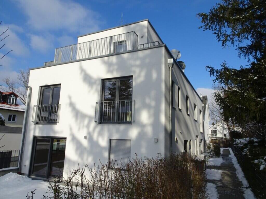 Sie suchen ein Haus in München, weil Sie aus beruflichen Gründen in die Landeshauptstadt ziehen müssen? Setzen Sie auf professionelle Unterstützung bei der Haus- und Wohnungssuche, dann geht es schneller und ohne den ganzen Stress. ANDERS CONSULTING Relocation Service München